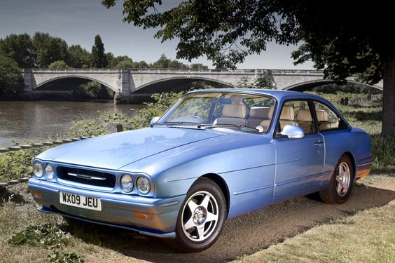 bristol-blenheim-utterly-exclusive