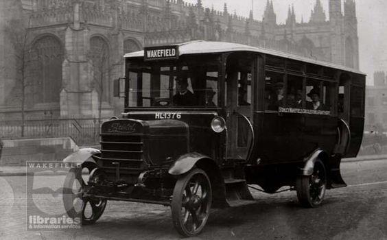 bristol-lion-bus