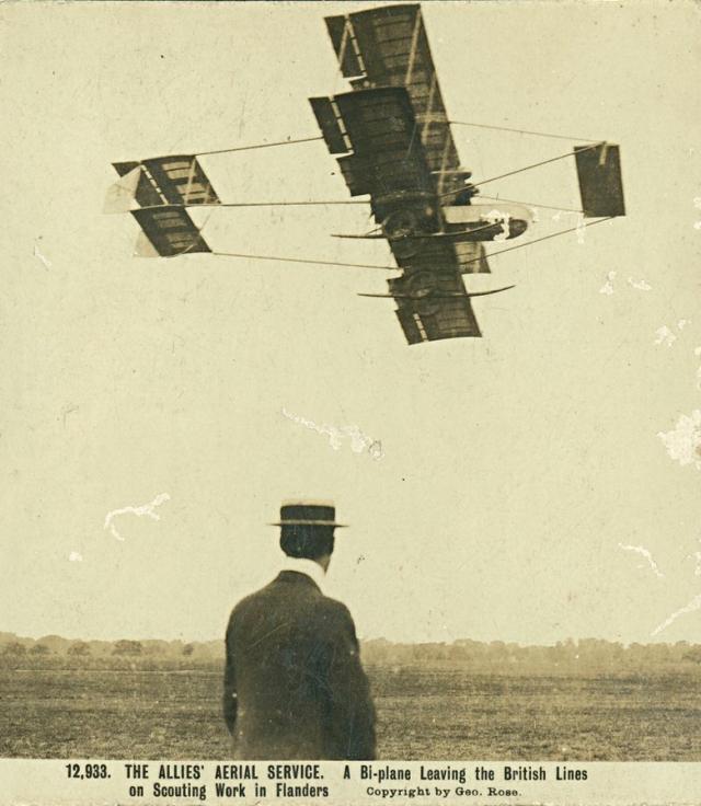 farman-biplan-in-the-sky