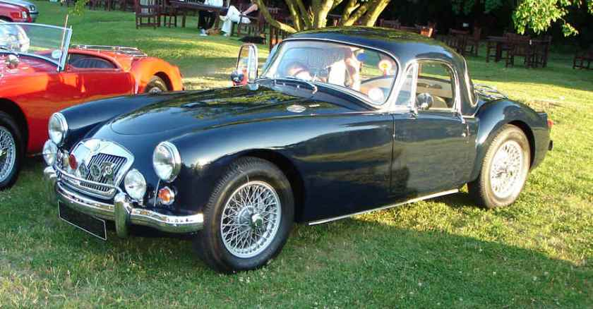 mg-mga-1600-coupe