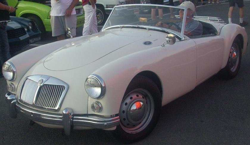 mg-mga-roadster-orange-julep