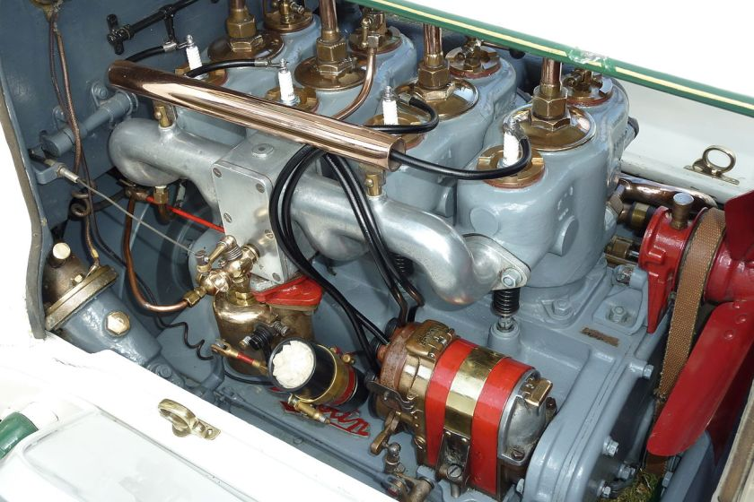 1913-austin-10-engine