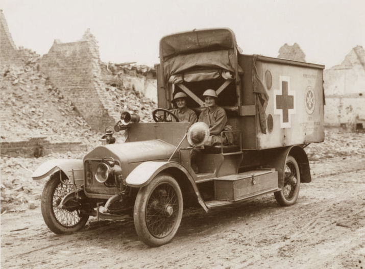 1916-knockchis-wolseley-ambulance-of-the-madonnas-of-pervyse-belgium