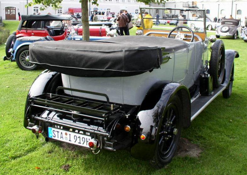 1919-austin-20-tourer-rear