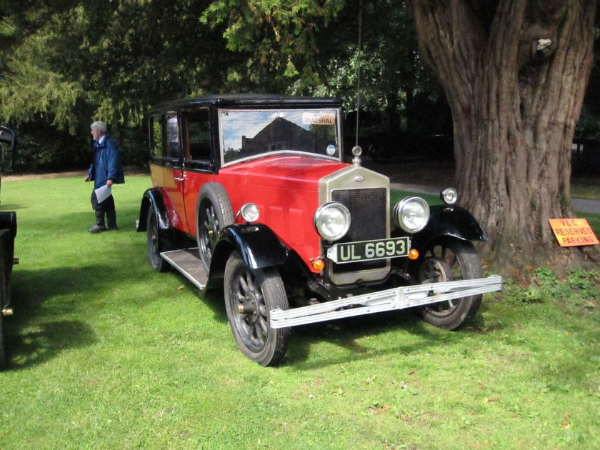 1929-wolseley-16-45-2-litre-six-cylinder-6-light-saloon-admired-by-w-r-morris