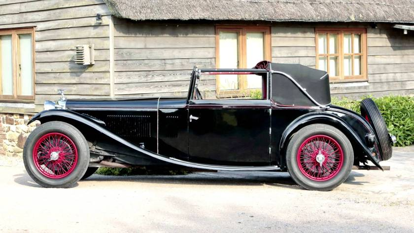 1933-alvis-speed-20-sa-tourer-by-vanden-plas