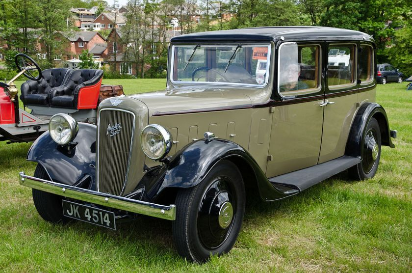 1935-austin-16-york-saloon