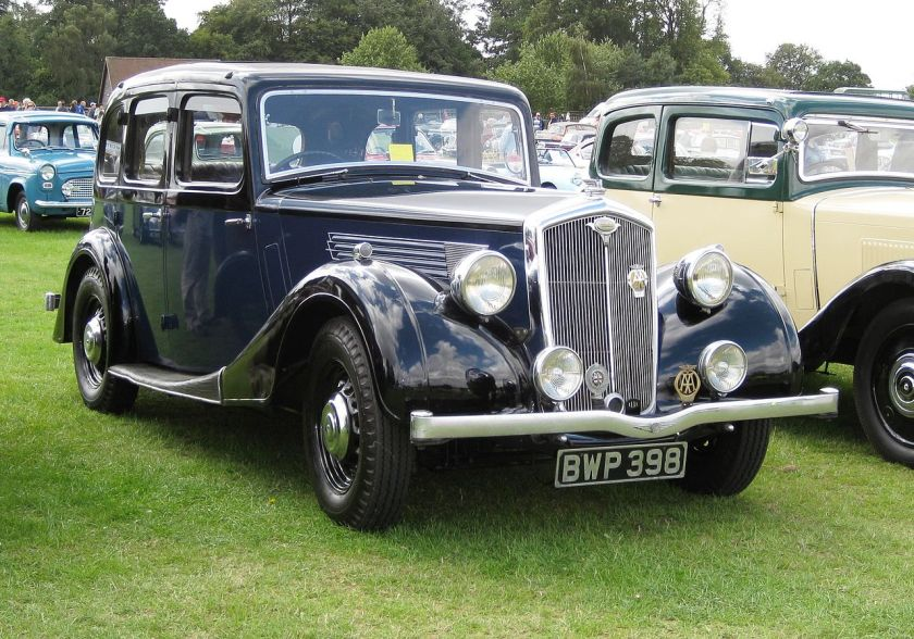 1937-wolseley-18-2%c2%bc-litre-2321cc-4-door-saloon-morris-eighteen