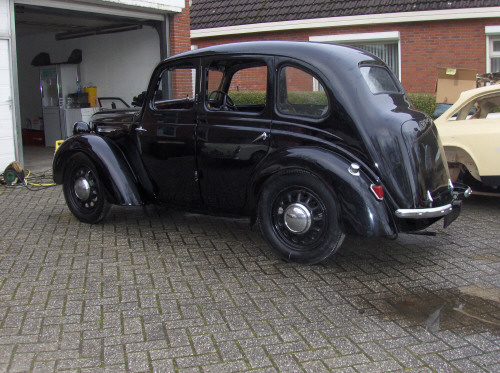 1939-austin-8-3-4-door-saloon