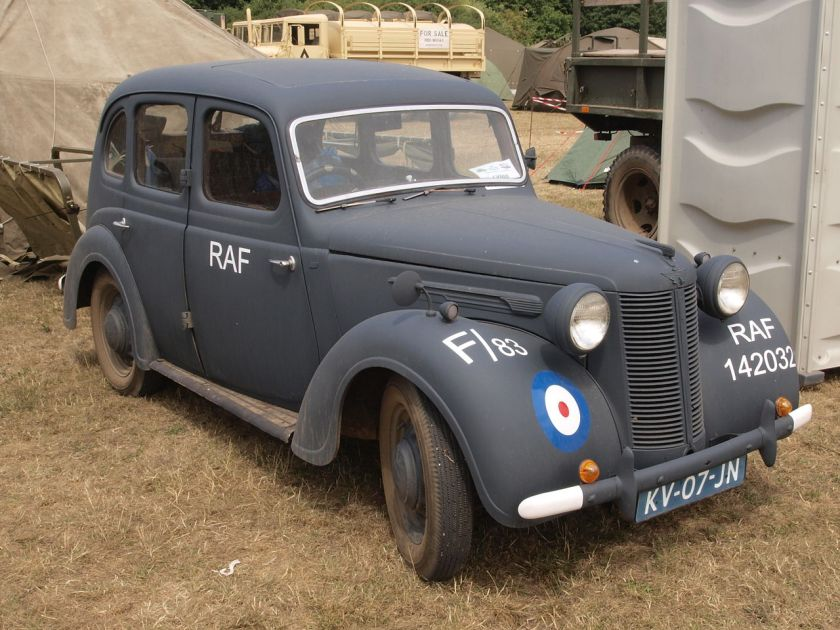 1944-austin-10-owner-remco-algra-pic2