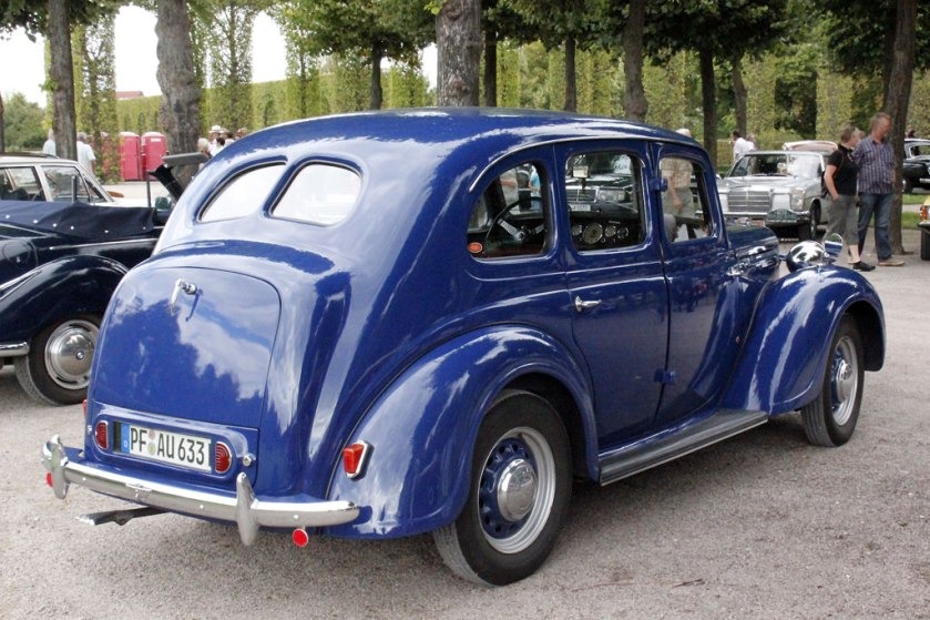 1947-austin-12