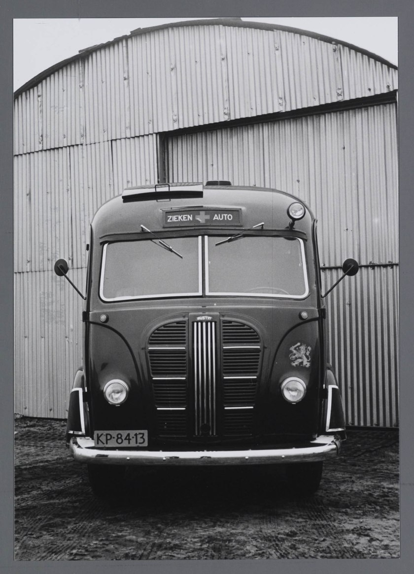 1948-austin-ziekenauto-kp-84-13