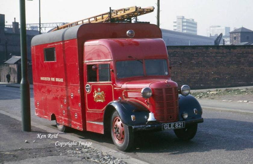 1948-ex-nfs-austin-k4-heavy-pumping-unit-gle821-converted-to-salvage-tender-by-manchester-fire-brigade-in-1948-served-at-miles-platting-until-1964