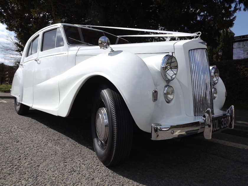 1950-vanden-plas-princess-ds2-saloon