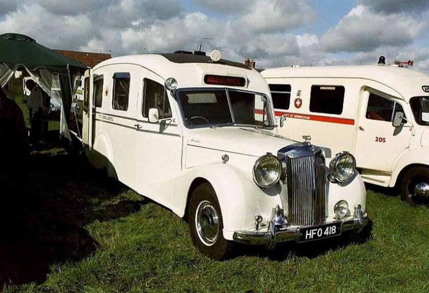1951-ambulance-austin-sheerline-da1-startin-ambulance-gb