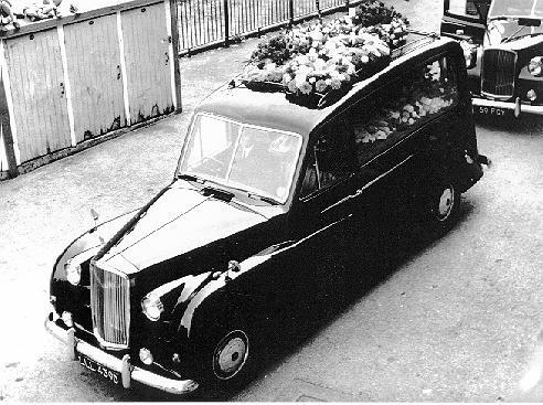 1954-astin-hearse-001