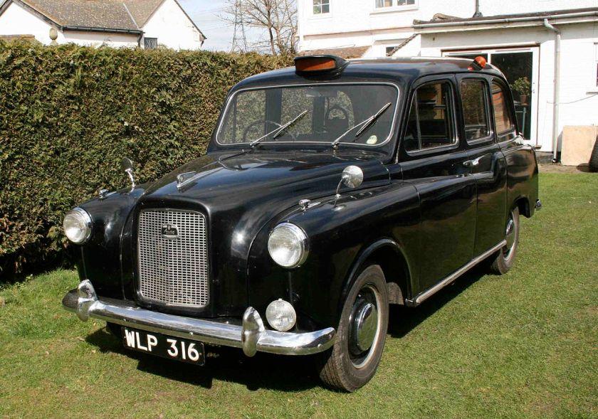 1962-austin-fx4-london-taxi