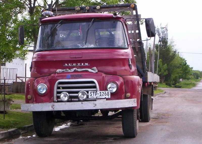1964-austin-702-urug