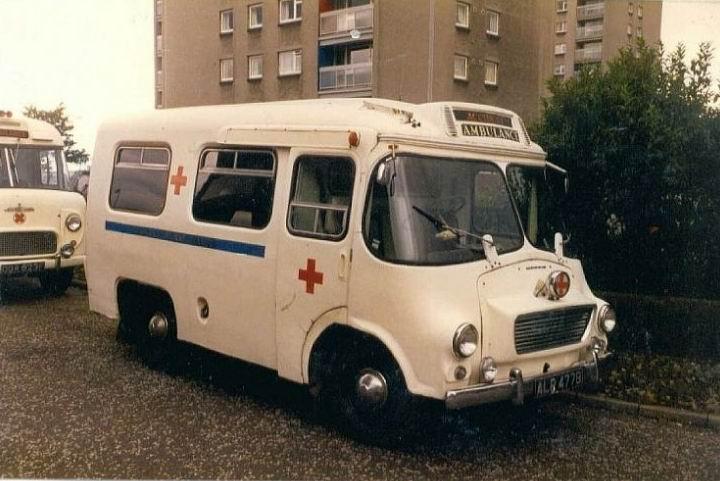 1964-morris-ld-ambulance