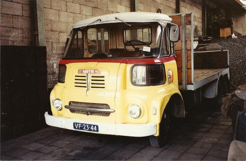 1966-austin-t200