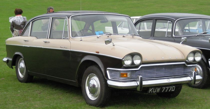 1966-humber-super-snipe-series-v-july-1966-2965cc-next-to-slightly-older-super-snipe