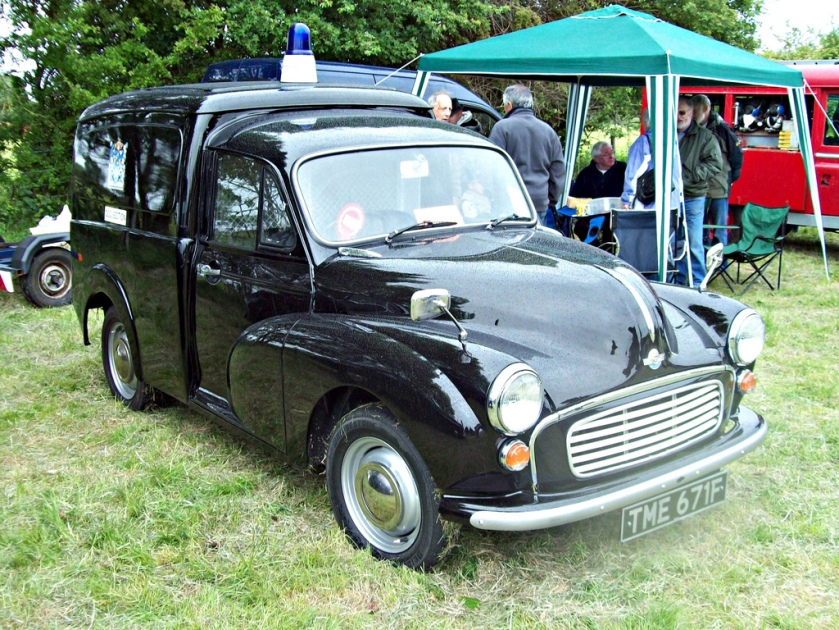 1968-austin-6cwt-van