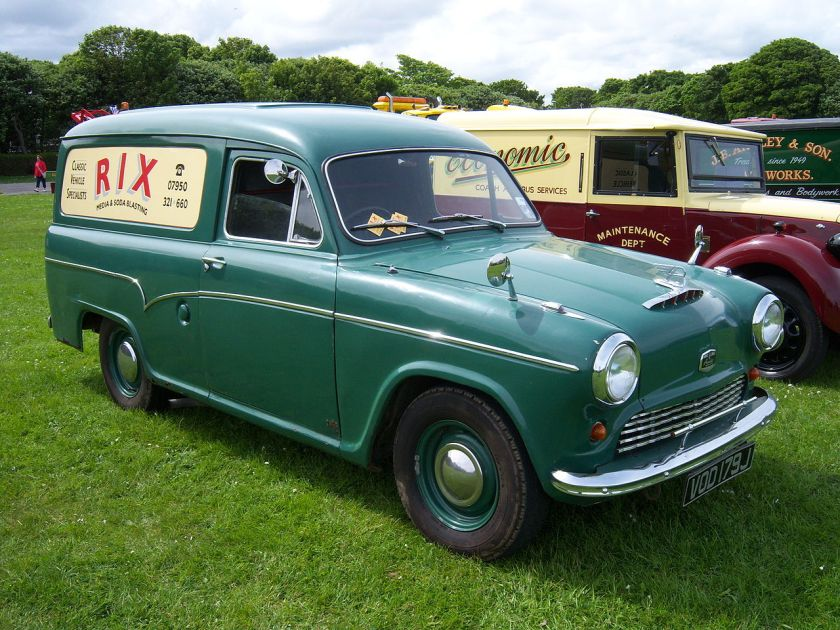 1971-austin-vod-179j-panel-van-2012-hcvs-tyne-tees-run