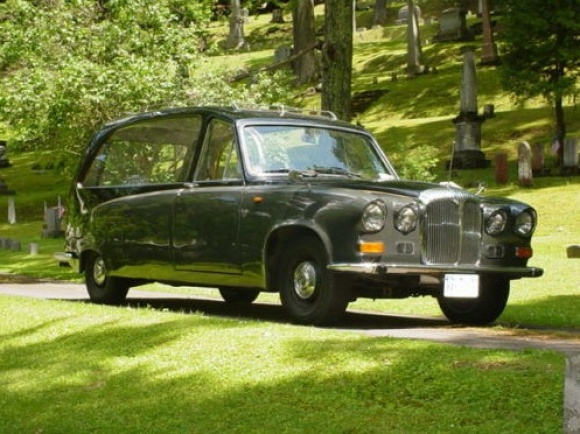 1971-daimler-ds420-hearse-for-sale