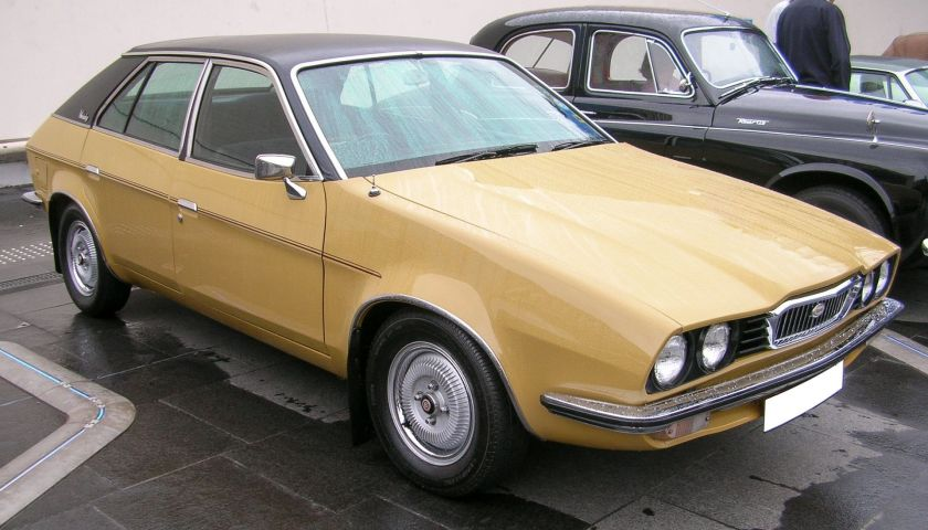 1975-wolseley-2200-saloon