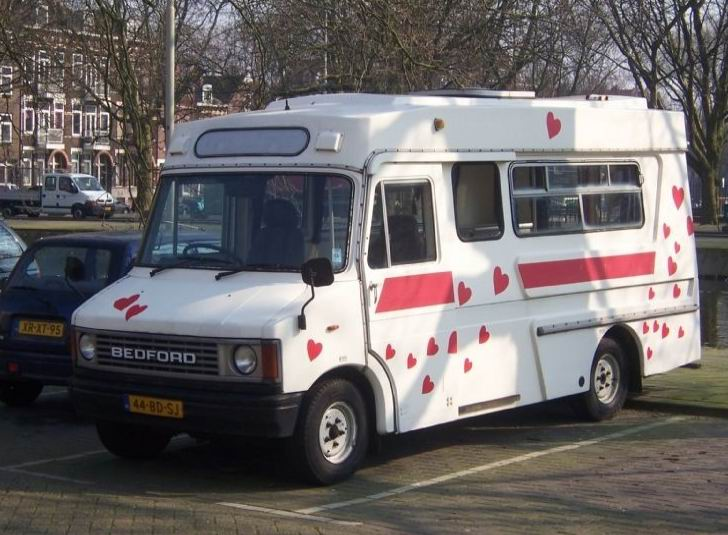 1986-2002-bedford-ambulance-believed-to-be-x-london