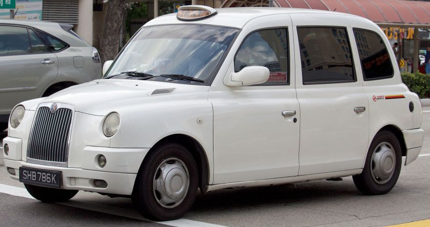 2016-london-cab-tx4-2-5-diesel-smrt-owned-photographed-in-singapore