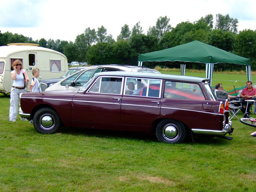 austin-a110-originally-a-saloon-car-which-now-has-a-countryman-style-rear-end-photographed-by-tony-cooney-at-the-peterborough-show-in-2008-this-variation-was-never-produced-by