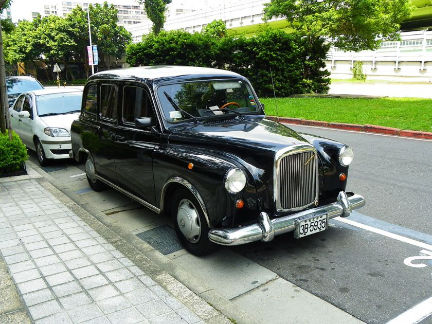 austin-fx4-in-taipei-city