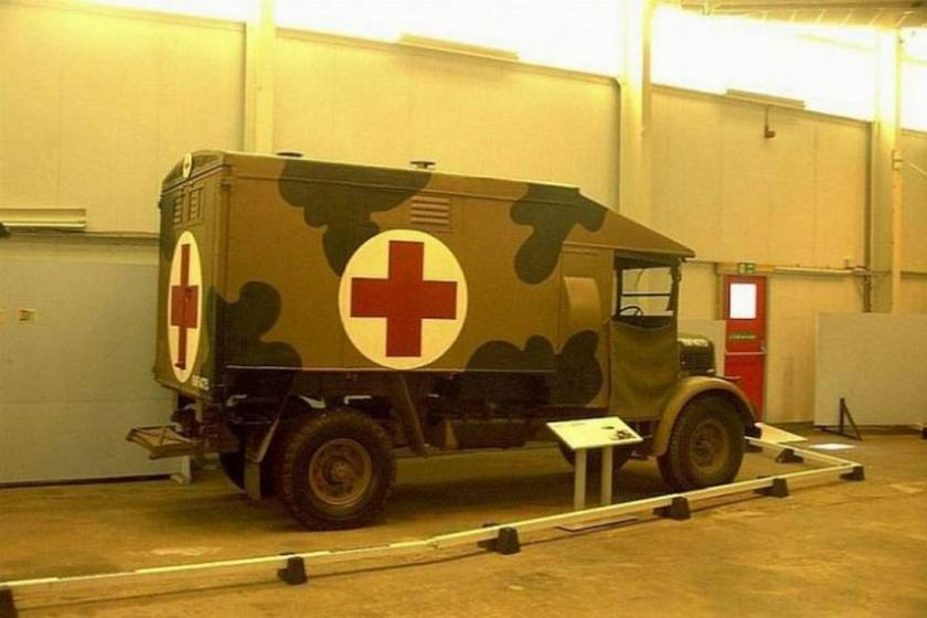 austin-k2-mann-egerton-field-ambulance-gb