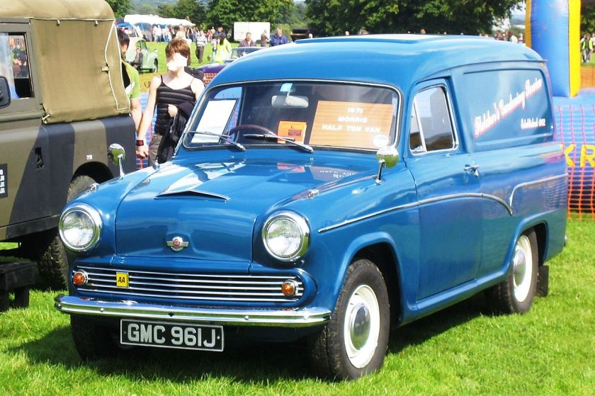 morris-half-ton-van-license-plate-1970-based-on-pre-farina-austin-cambridge-salo