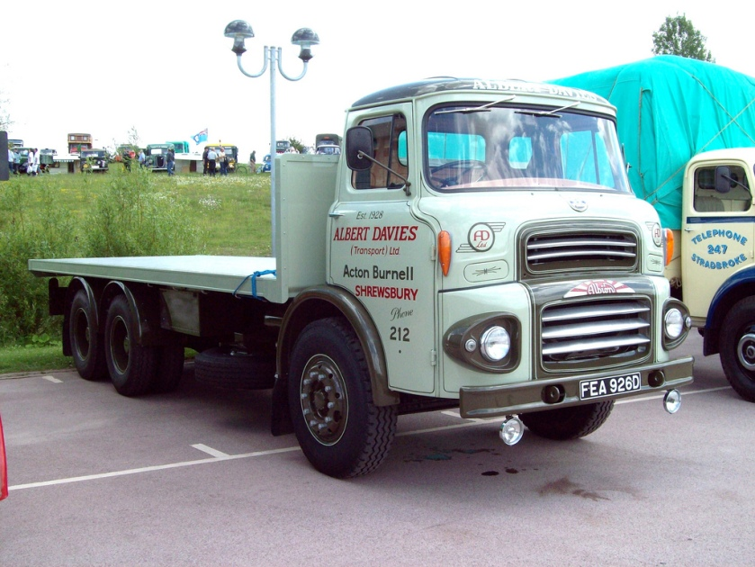 1966-albion-super-reiver-6-wheeler-flatbed-registered-fea-926-d