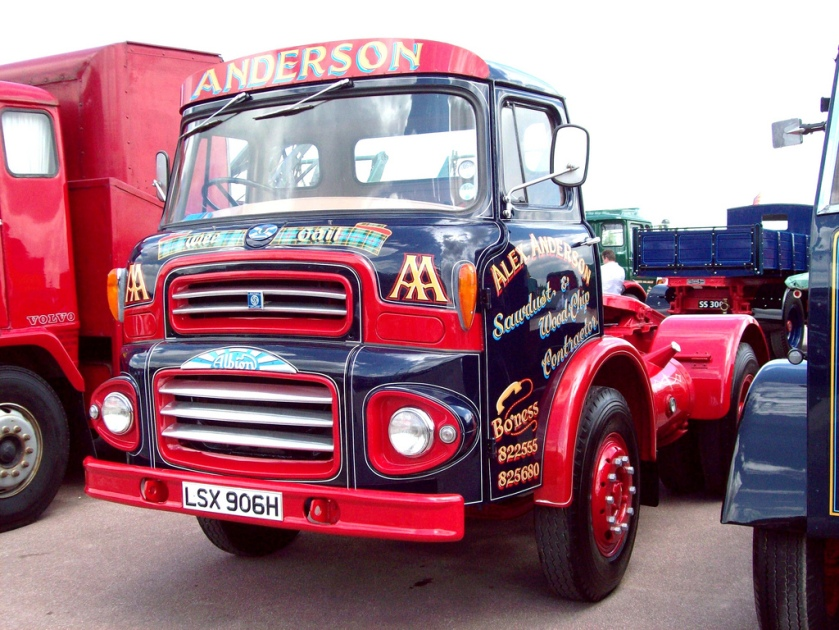 1970-albion-leyland-clydsdale-tractor-engine-6070cc-registered-lsx-906-h