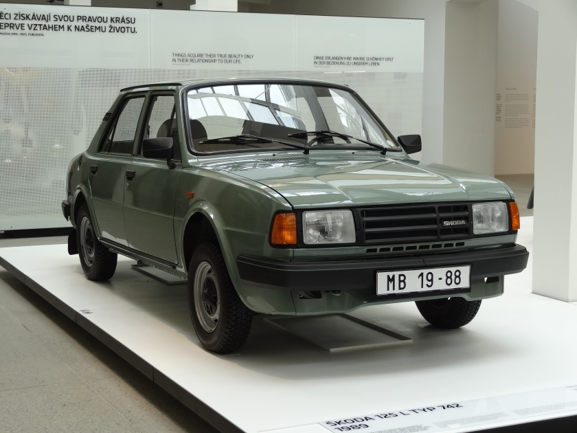 1989-skoda-125-l-typ-742