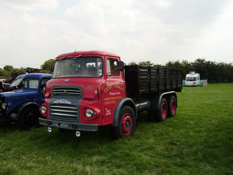 albion-6x4-with-dropside-tipper-body