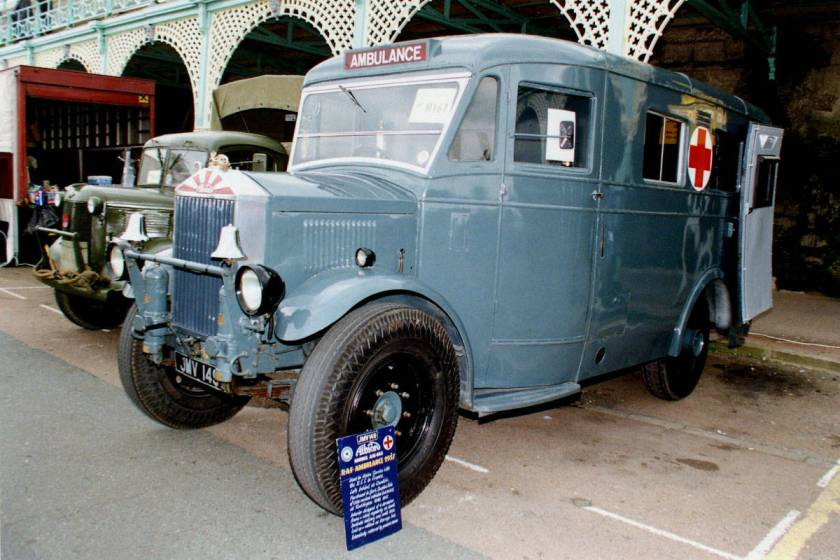 albion-am-463-ambulance-raf