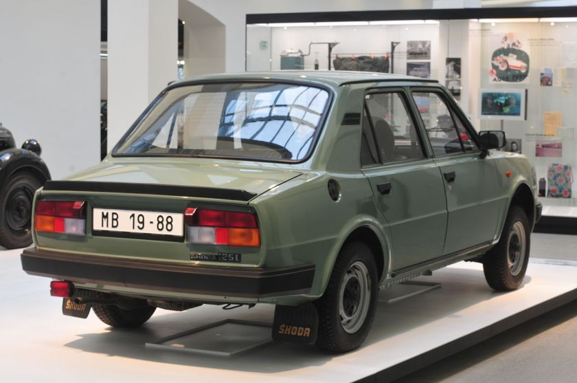 skoda-125-l-rear-view