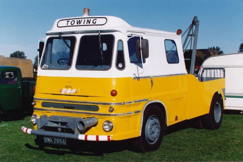 erf-lv-recovery-seen-at-an-essex-steam-rally-many-years-ag