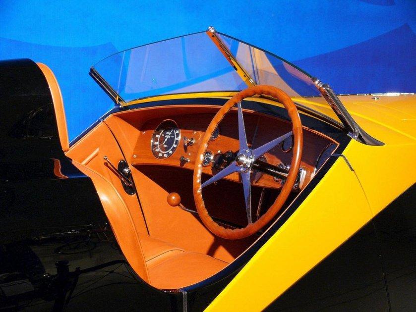 1934-bugatti-type-57-roadster-grand-raid-gangloff-bicolor-c