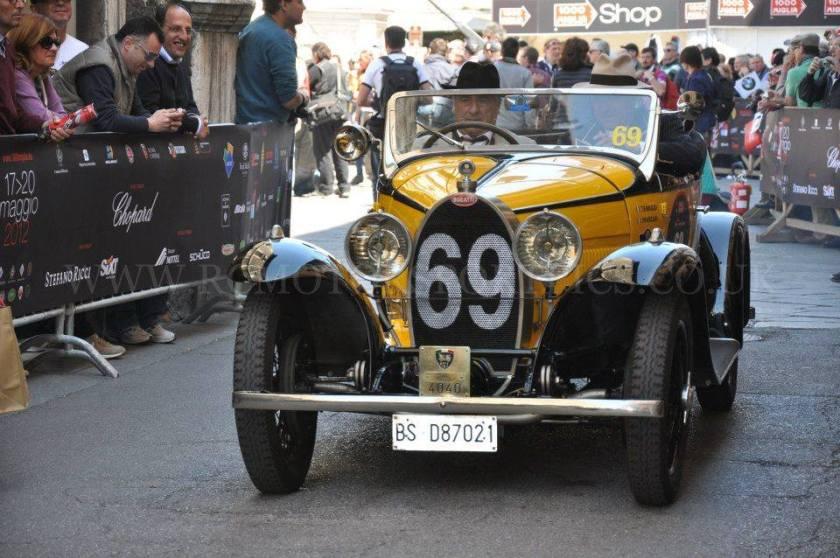 bugatti-69-yellow-4040