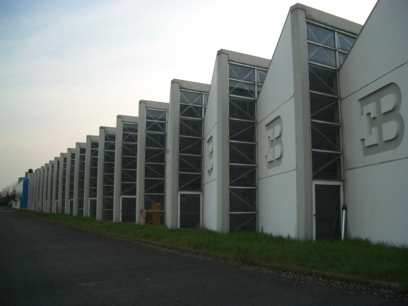 bugatti-automobili-factory-in-campogalliano