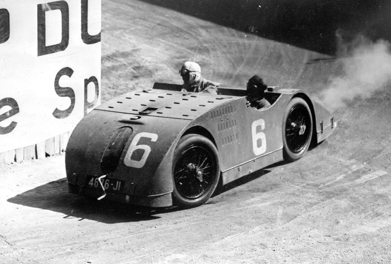 bugatti-tank1m