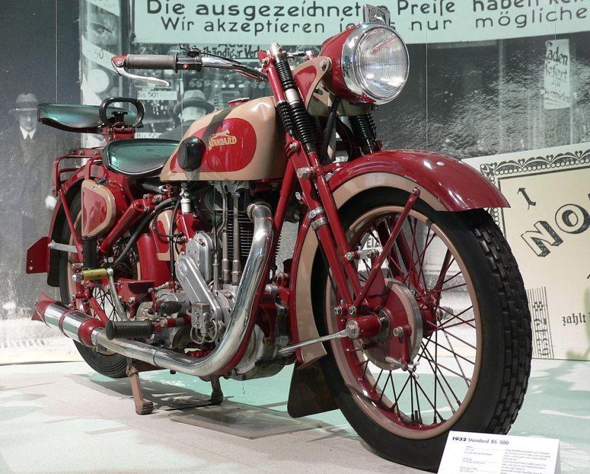 1932-motorbike-standard-bs-500-497-cm%c2%b3-onezylinder-viertakt-motor-12-hp-4-500-u-min-90-km-h