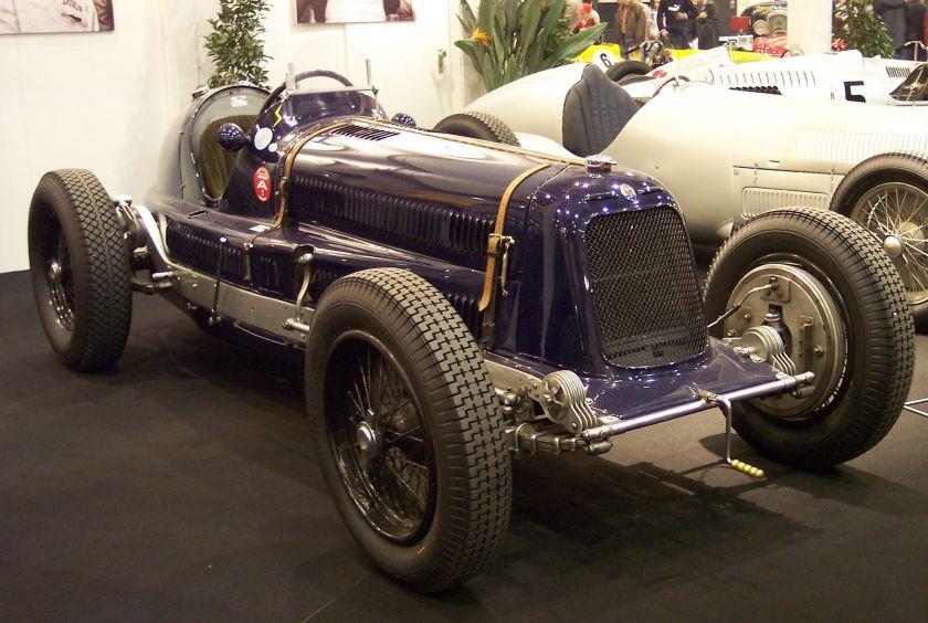 1928-maserati-8c-blue-vr-ems
