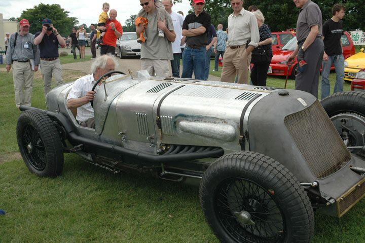 1931-maseratis-majestic-tipo-v4