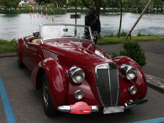 1936-lancia%e2%80%85astura-cabriolet-tipo-bocca-a-series-of-six-cars-made-for-the-bocca-brothers-lancia-dealers-in-biella-italy